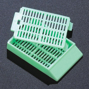 Cassette, Tissue Embedding with Attached Lid, 30° Writing Area, GREEN, 500/Dispenser Box, 2 Boxes/Unit