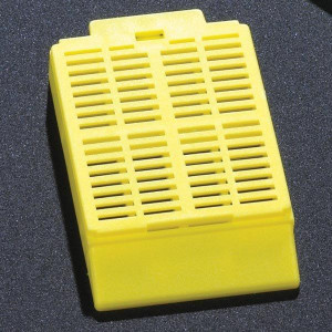 Cassette, Tissue Embedding with Attached Lid, 30° Writing Area, YELLOW, 500/Dispenser Box, 2 Boxes/Unit